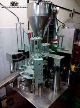 máquina de rellenar líquida y pastosa Milainox