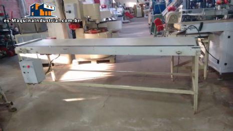 transportador de 3 m con base de acero inoxidable y pies en acero al carbono
