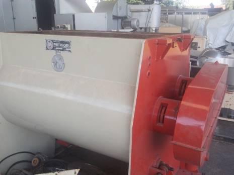 Fabricante industrial mezclador/mezclador Meteor con 2 ejes de 1000 kg